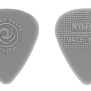 D'Addario 1NFX4-10 Nylflex Guitar Picks - Medium (10-Pack)