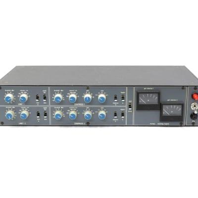 Neve 33609 Discrete Stereo Compressor / Limiter Plastic Knob