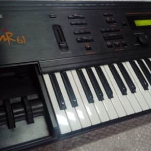 Ensoniq Mr61 / Vintage Synth 61 Keys mr 61
