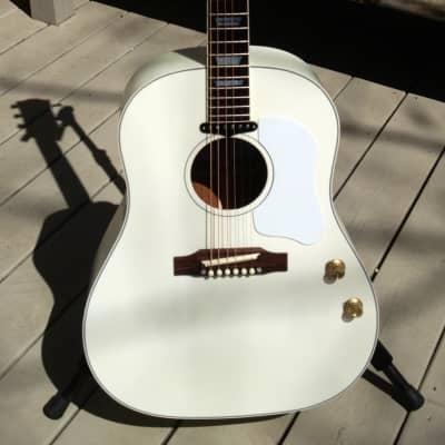 Gibson Custom Shop J-160E 2010 White John Lennon Imagine Guitar for sale