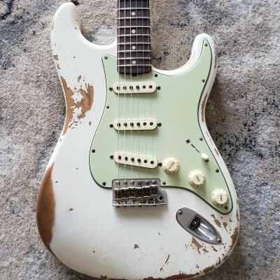 Fender 60's Stratocaster Custom Shop Heavy RELIC 2020 Olympic White Relic for sale