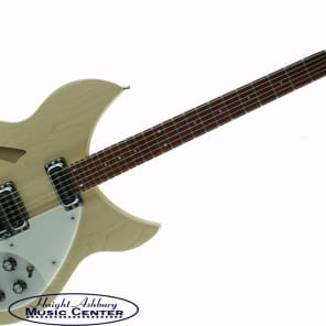 Rickenbacker 330 Maple Glo Thinline semi-acoustic, 24 fret, 2 pickups, dot inlays, mono 330 MG for sale