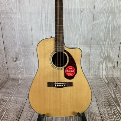 Fender CD-140SCE Acoustic/Electric Guitar – Natural