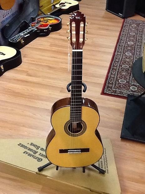 Manuel Rodriguez E Spruce Top 6-String Acoustic Classical Guitar