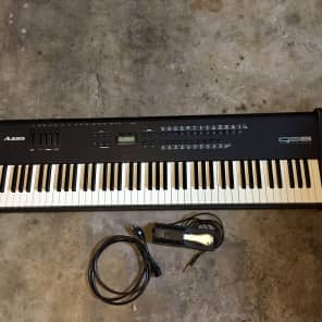 Alesis QS8 Late 90s Black + Free Shipping to US