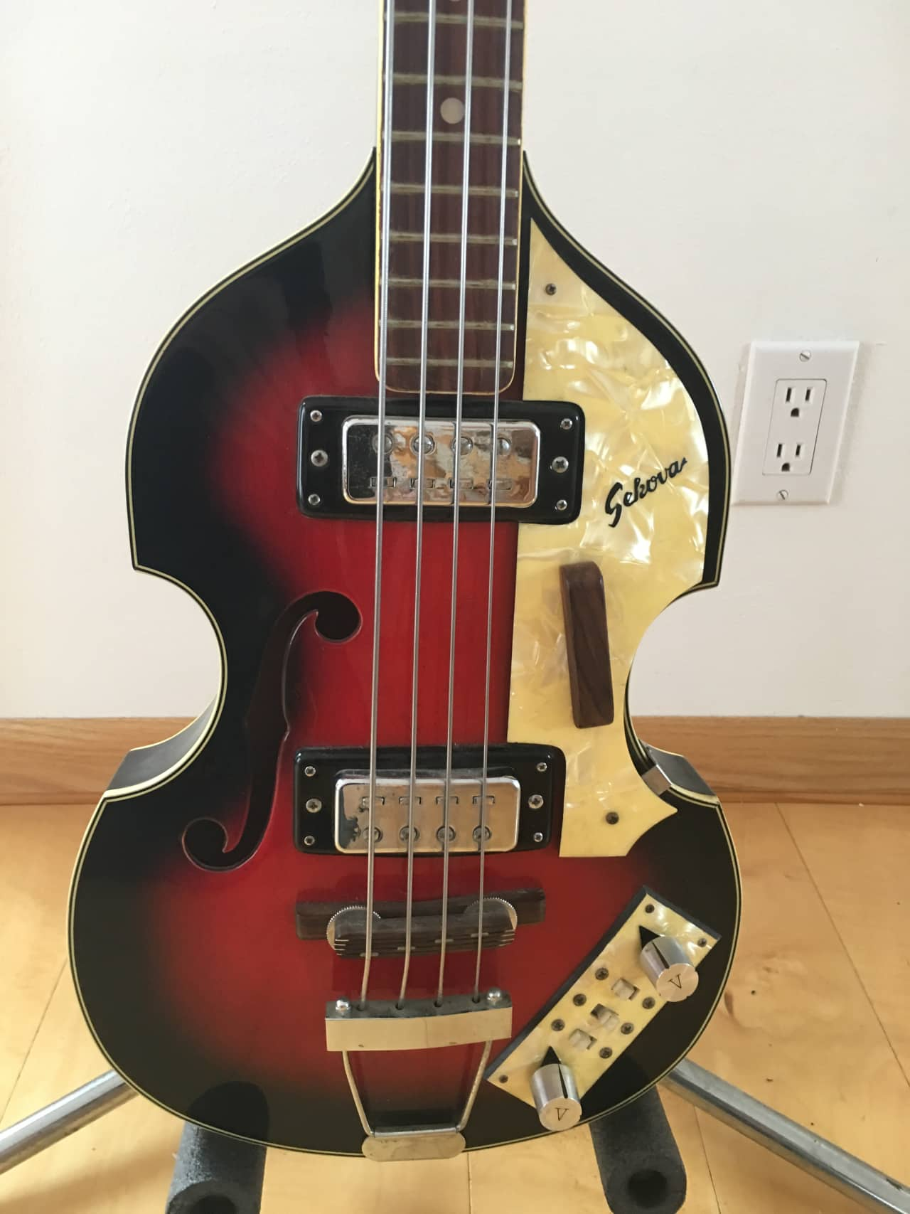 Shop for the Hofner Ignition Series Vintage Violin Bass and receive free shipping on your order and the guaranteed lowest price.