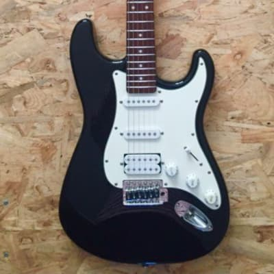 Crafter Guitare  stratocaster Cruiser by Crafter ST200 2007 BLACK for sale