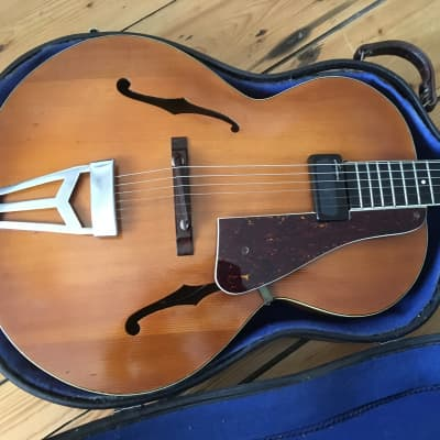 1940s Abbott Victor Burlington III Archtop Guitar - Made in England + Case for sale