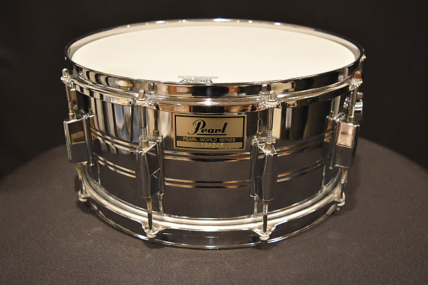 1 comple 80s Vintage Pearl World series Snare lug,VGC..rare tension rod,hrdw