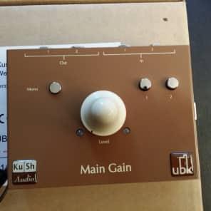 Kush Audio Main Gain Class-A Active Stereo Monitor Controller