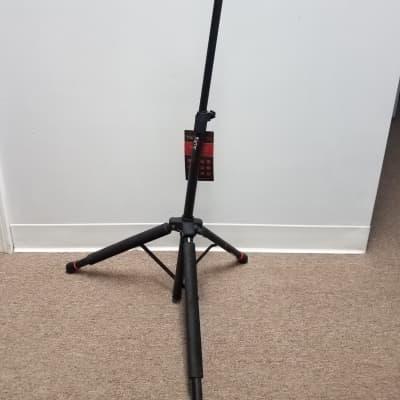 Gator  Frameworks GFW-GTR-1200 Hanging Guitar Stand