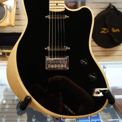 Moniker Rival w/Lipstick Pickups and HSC! for sale