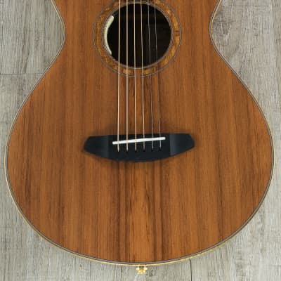Breedlove Masterclass Concertina E Acoustic-Electric Guitar, Redwood - Walnut