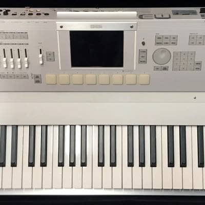 Korg M3 88 Xpanded Mint Fully Loaded with Sampling, EXB-M256, EXB-FW, Rolling Case, Books, CDs !