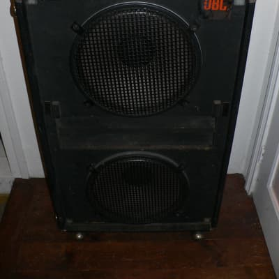 """Watch The Video! 1974 Peavey 215 15"""" Cabinet With 2 JBL G135 15"""" Speakers, Both Made In USA."""