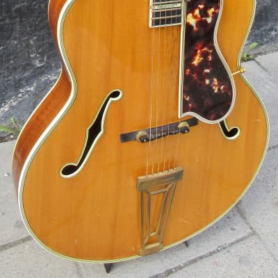 Levin De Luxe 1954 Blonde for sale