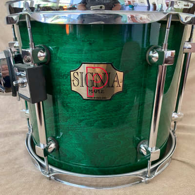 Premier Signia Emerald 10x12 great condition