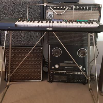 Cutie 80's Yamaha PSR-12 PortaTone Keyboard w/ full-sized keys, original stand