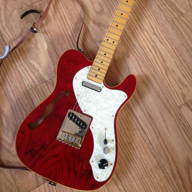 Squier Thinline  Telecaster 1990s Red image