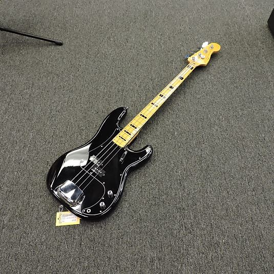 Squier Classic Vibe 70/'s Precision Bass MN BLK