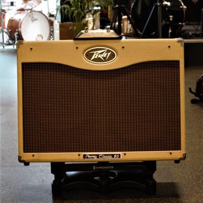 Peavey Classic 50 212 50-Watt 2x12 Guitar Combo Amp