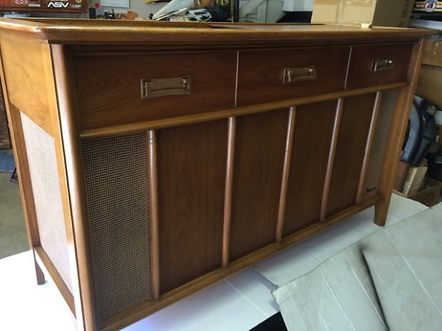 magnavox stereo console reverb