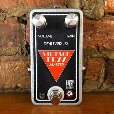 NEW! Devi Ever : FX Vintage Fuzz Master - Black/Red