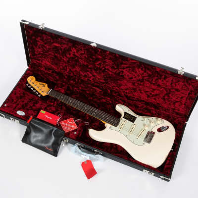 Fender American Original '60s Stratocaster with Rosewood Fretboard Olympic White 2018