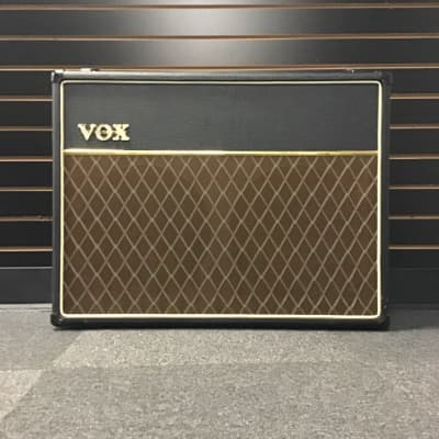 Vox AC30CC2 (excellent condition)