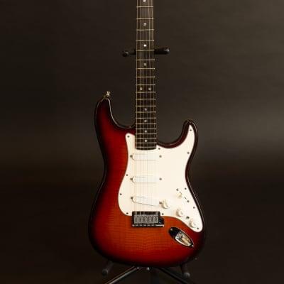 Fender  Stratocaster 35th Anniversary Sunburst for sale