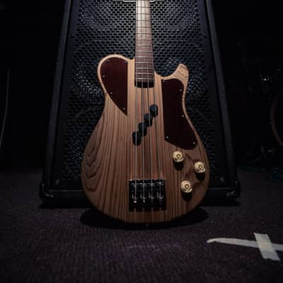 Blast Cult Sinker Cyprus Thirty2 Medium Scale Electric Bass 2013 for sale