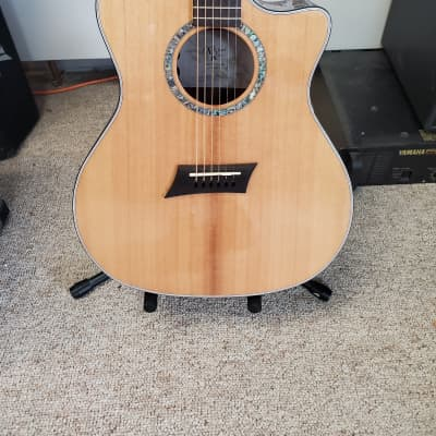 Michael Kelly MK3DG 3D Grand Auditorium with Electronics Natural for sale