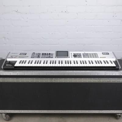 Roland Fantom X7 76-Key Workstation Keyboard w/ A&S Road Case #42425