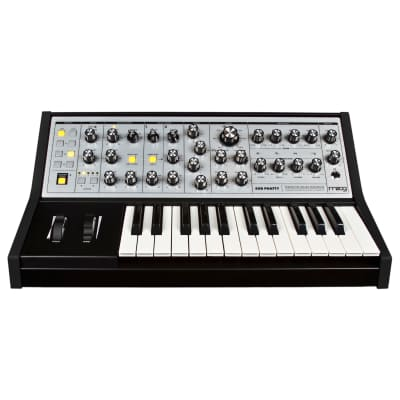 Moog Sub Phatty Analog Synthesizer Keyboard, 25-Key
