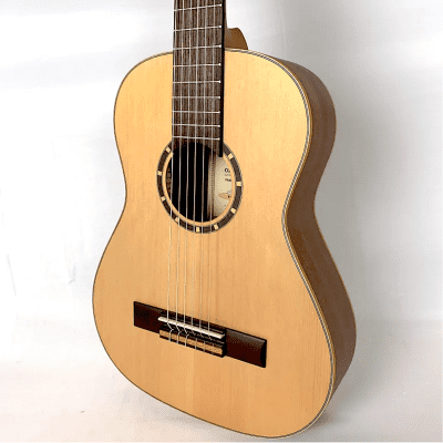 Ortega R121-1/2 Classical 1/2-Sized Guitar  Natural