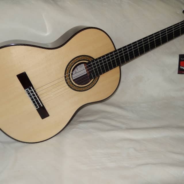 """WONDERFUL """"EL VITO"""" CONCERT RS - HAND MADE ALL SOLID WOODS CLASSICAL GUITAR image"""