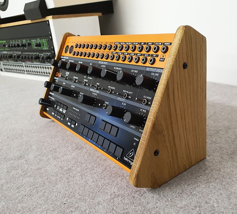 BEHRINGER CRAVE SOLID OAK DUAL ANGLE STAND FROM SYNTHS AND WOOD