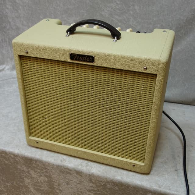 Fender Blues Junior Jr. III all tube electric guitar combo amp image