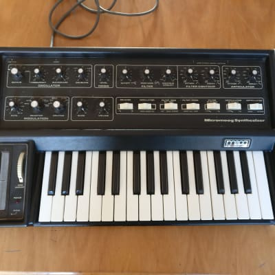 Moog MicroMoog 1975 Black, wood