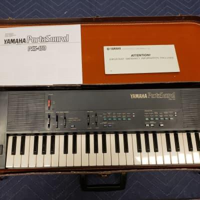Yamaha  PSS-450 Synthesizer with case