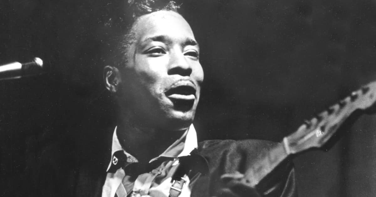 Learn to Play: Buddy Guy Riffs with Jeff Massey