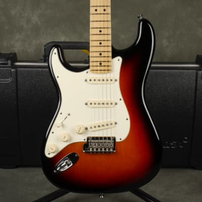 Fender American Standard Stratocaster, Left Handed - Sunburst w/Case - 2nd Hand for sale