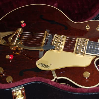 NEW Gretsch G6122T-62GE 1962 Chet Atkins Country Gentleman with Bigsby Walnut Stain 2017