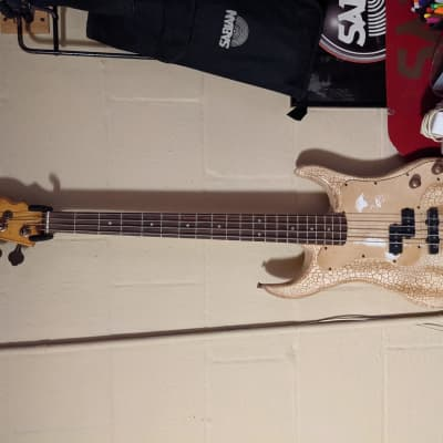 Axl  Bad water Bass  2010 Cracked Tan for sale