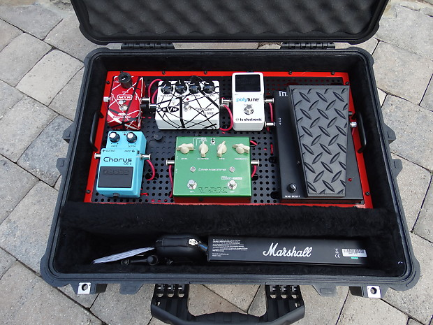 complete temple audio pedalboard with pedals power supply reverb. Black Bedroom Furniture Sets. Home Design Ideas