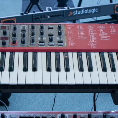 Nord NORD-LEAD-A1 49-Key Analog Modeling Synthesizer
