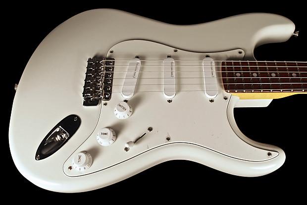 "60th Anniv Mdl -BLACK- NEW // NOS  Bass Amp Case Fender GUITAR STRAP 2.5/"" Wide"