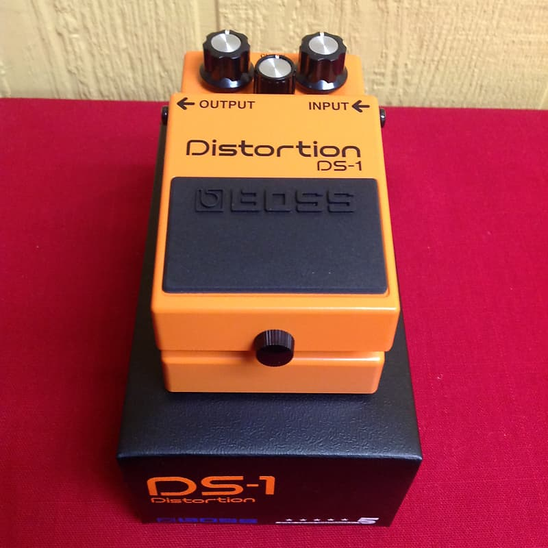 boss ds 1 distortion pedal with patch cable reverb. Black Bedroom Furniture Sets. Home Design Ideas