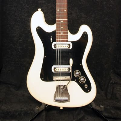 Klira Triumphator 2 pickups 1960 White and Black Vinyl for sale