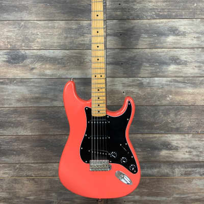 Fender California Series Stratocaster 1997 Sunset Coral 7.86 pounds Red Pink Orange for sale